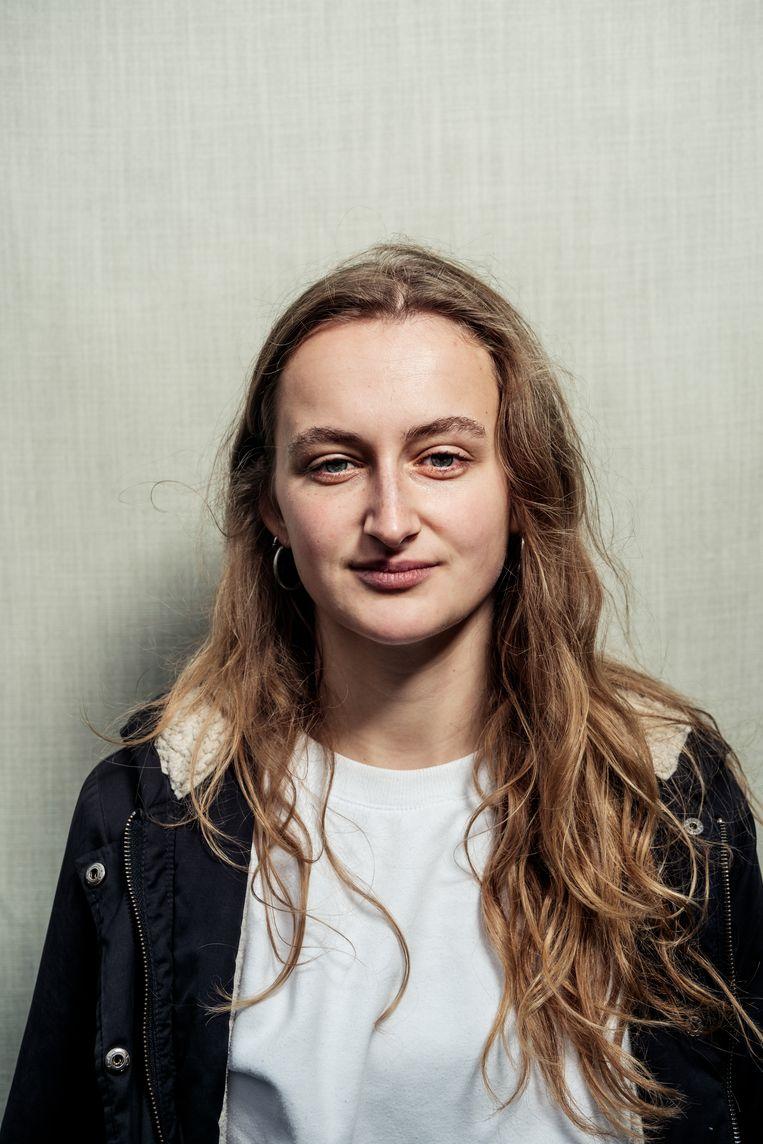 Sara Verveer (21) studeert geschiedenis aan de UvA.   Beeld Jakob Van Vliet