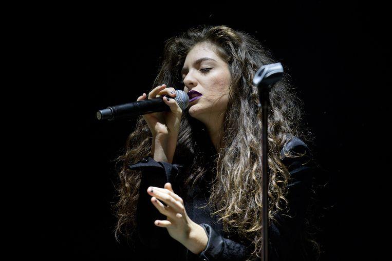 De schutter van Las Vegas huurde eind augustus appartementen die uitkijken op een festival waar Lorde (foto) en Chance the Rapper hoofdacts waren.