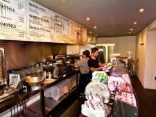 Eigenaar en personeel Grieks restaurant schrikken van controle: 'Ik doe helemaal niets fout'
