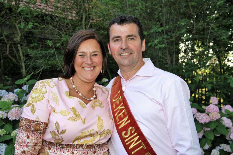 Het dekenpaar van Zotte Maandag, Chris Schelstraete en zijn echtgenote Mieke De Brabant.