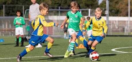 Rijdende ouders van uit spelende club wel welkom bij wedstrijden van jeugd tot 17 jaar