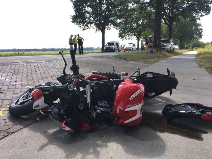 Motorrijder om het leven gekomen bij botsing met vrachtwagen op de N270 in Deurne