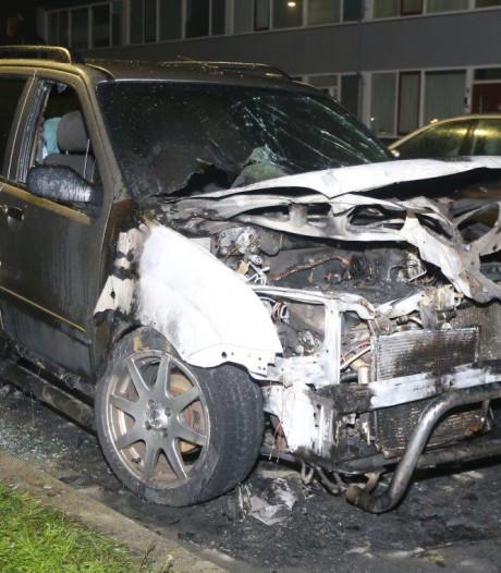 Opnieuw auto in brand in Den Bosch, geen sporen van brandstichting