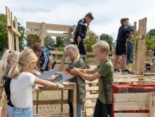 Middeleeuws huttendorp verrijst in Zierikzee