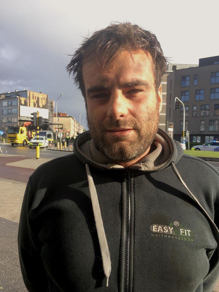 Marnicq zag het ongeval gebeuren en bleef bij het slachtoffer tot de hulpdiensten arriveerden.