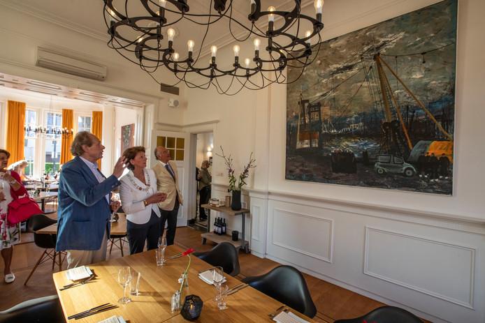Onthulling werk van Charles Eyck in pastorie bij Speelhuis Helmond
