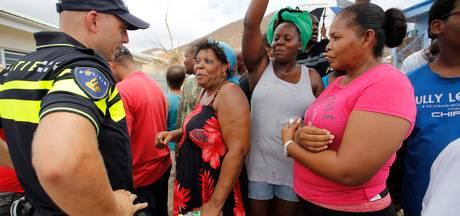 Nederlandse agenten mogelijk langer op Sint-Maarten