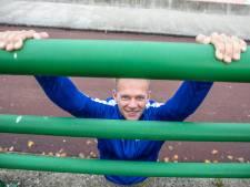 Een Zwolse calisthenicspark? Roger Knoops van SportService Zwolle nodigt Collin, Xavier en Tom uit: 'Samen brengen we Zwolle in beweging'