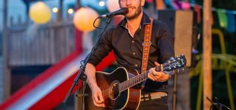 Na maanden weer eerste liveoptreden voor Tim Akkerman bij Gastel Sfeer