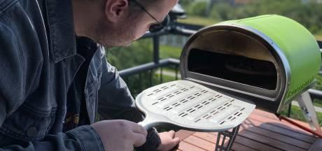 Pizza-oven: Als je deze opstookt tot 500 (!) graden dan heb je 'de beste pizza ooit'