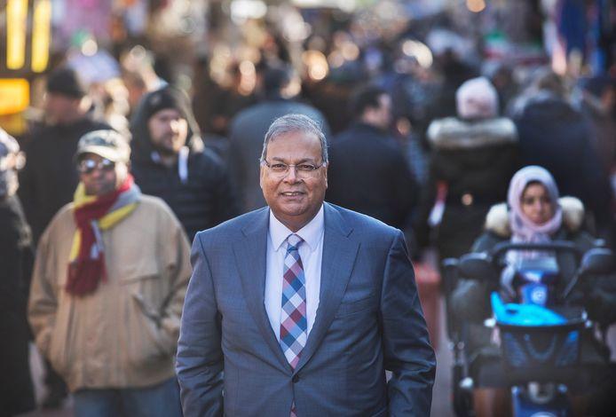 Oud-wethouder Rabin Baldewsingh.