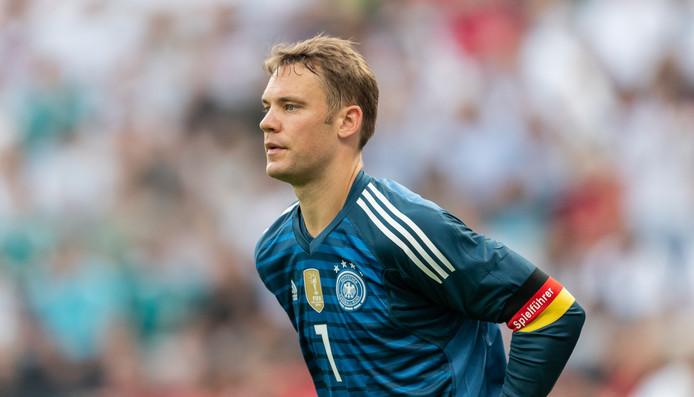 Terug in de goal na lang blessureleed, Manuel Neuer.