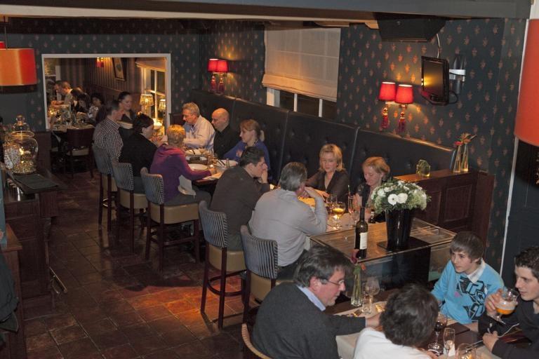 Restaurant Delausanne in IJzendijke. foto's Mark Neelemans