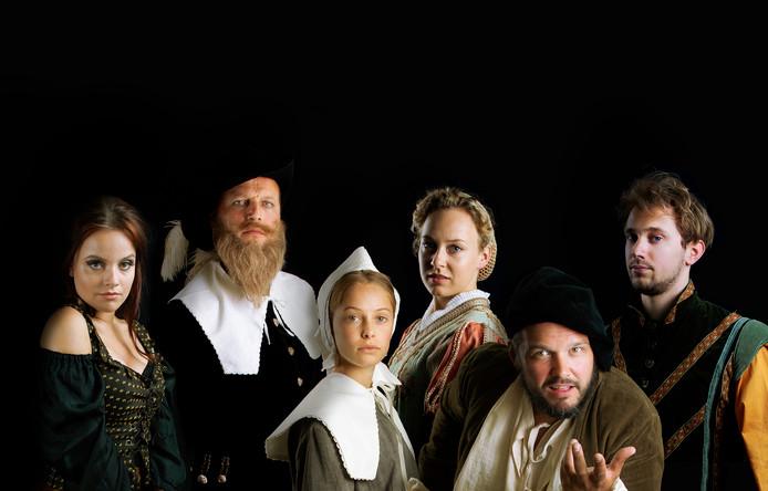De cast van 'De Ontdeckingh', met rechts Jeroen Molenaar als Jan Huygen en links naast hem Boy Ooteman als Dirck China.