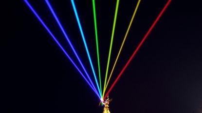 Enorme regenboog siert Antwerpse skyline tijdens Antwerp Pride