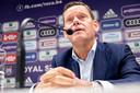 Frank Arnesen tijdens een persconferentie bij Anderlecht.