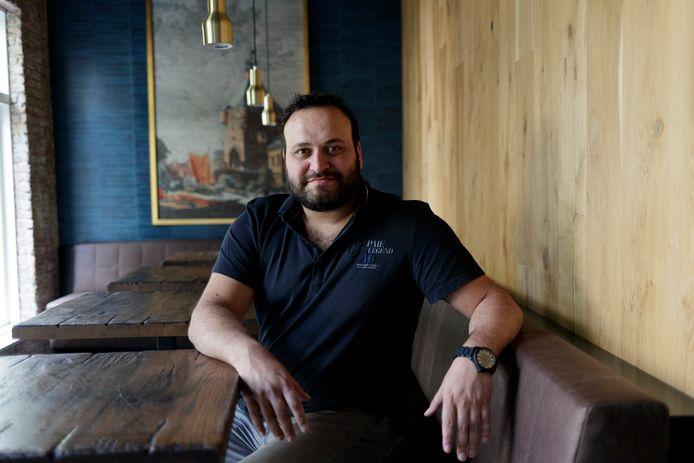Horecatycoon Ayhan Sahin. De Twellonaar is in Deventer en omstreken een bekende horeca-ondernemer, maar zijn honger is nog niet gestild.