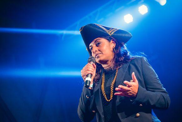 Jinnih Beels, verkleed als piraat, hield een pleidooi voor meer jeugdlocaties in Antwerpen-Noord.