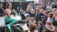Zeemeermin Sieglinde zingt voor een propere Dender met groene oevers op Big Jump