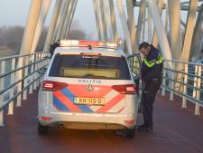 Fietser ernstig gewond na val op fietspad Westervoortse brug