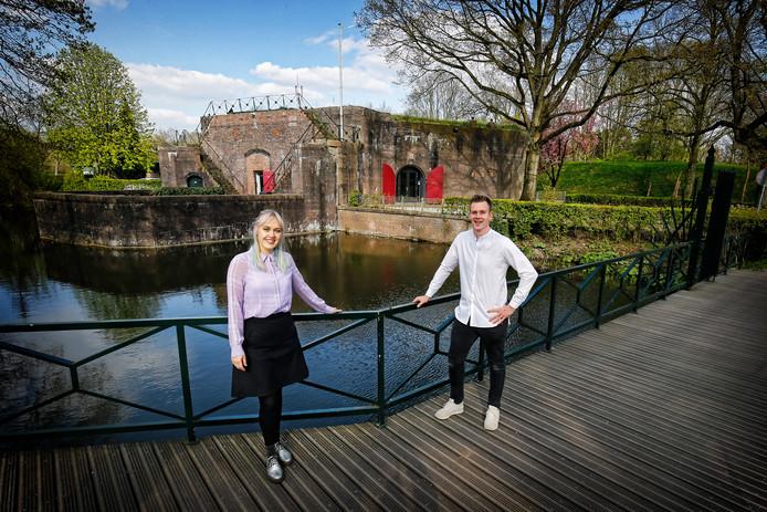 Stephanie Wennekes (27) en Martijn Stoker (29), de nieuwe uitbaters van restaurant Céline.