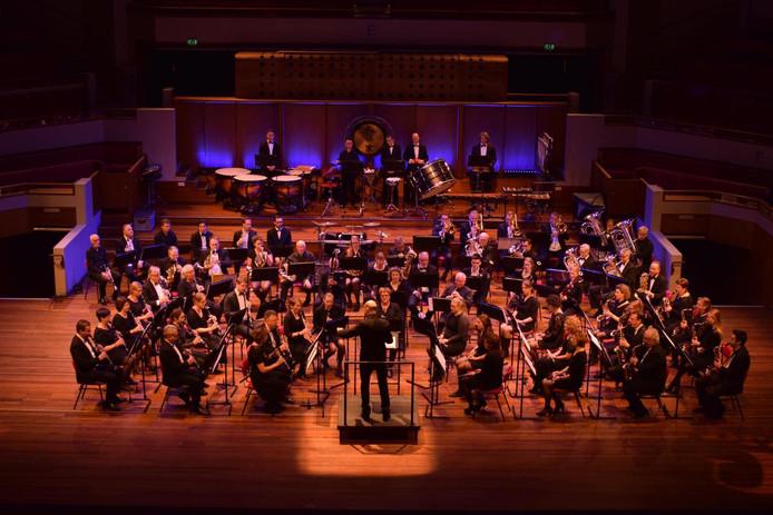 De Koninklijke Biltse Harmonie tijdens een optreden.