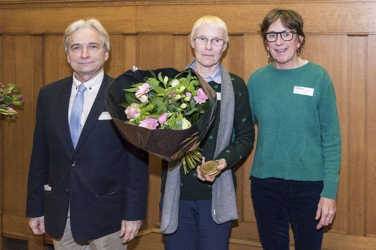 Waarnemend gouverneur Didier Detollenaere, Jenny De Laet en gedeputeerde Riet Gillis.