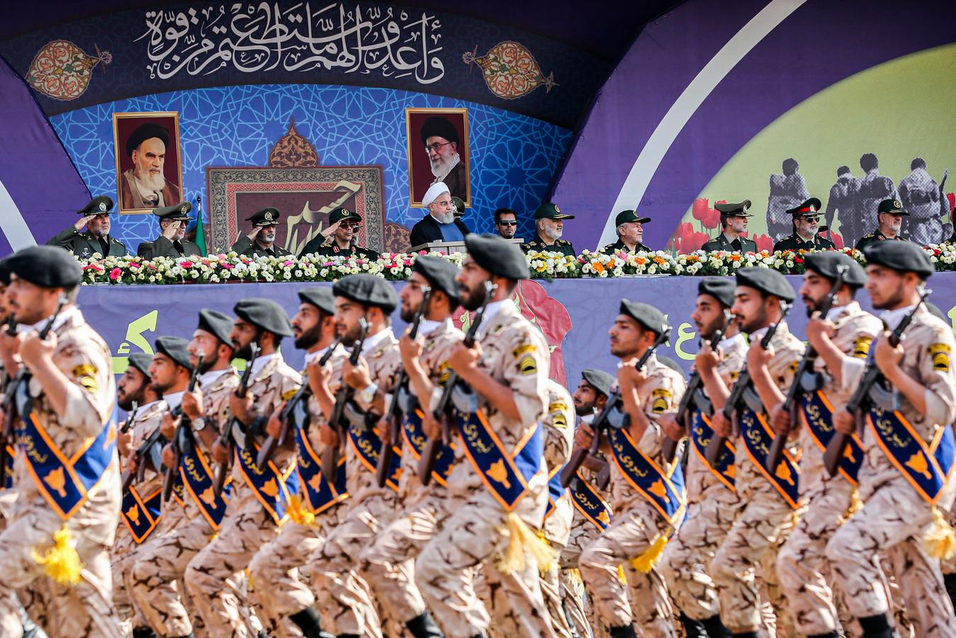 De Revolutionaire Garde paradeerde vanochtend in Teheran.