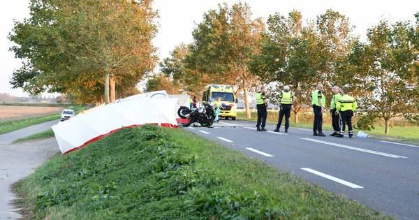 Motorrijder overleden na aanrijding met bestelbus in Sint-Annaland.