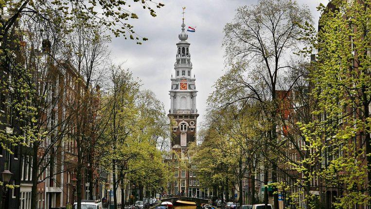 De Zuiderkerk had de afgelopen 39 jaar een witte toren. Beeld Floris Lok