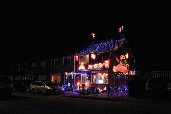 Sfeerbeeld van het huis van 'Dennis de kerstman' in Hengelo.