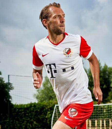 FC Utrecht strikt T-Mobile als nieuwe hoofdsponsor én presenteert jubileumshirt