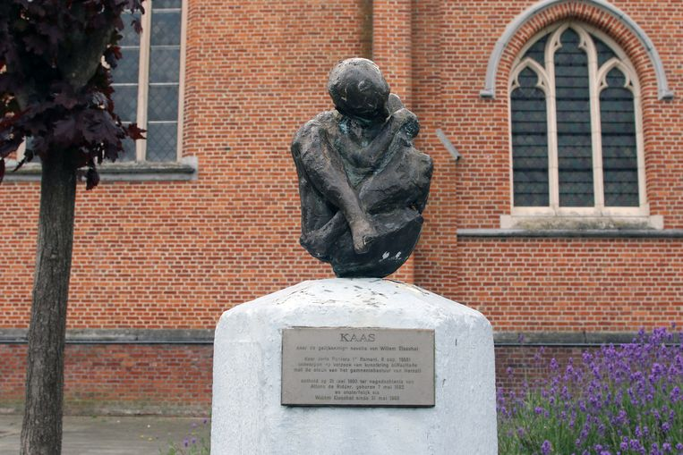 Het monument 'Kaas' is een eerbetoon aan de Vlaamse schrijver.