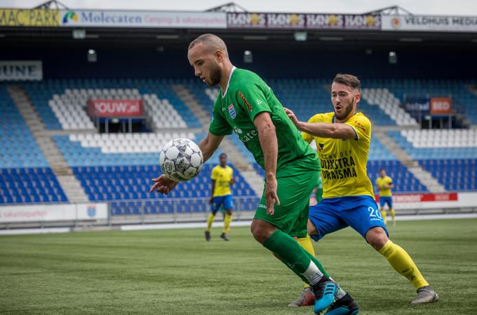 Iliass Bel Hassani scoorde tweemaal tegen SC Cambuur.