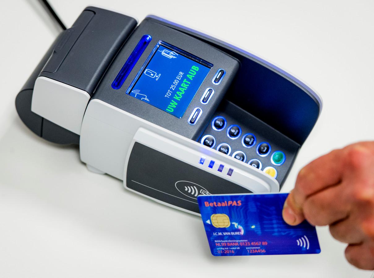 Al die cashloze betalingen samengeteld vertegenwoordigden een bedrag van meer dan 162.000 miljard euro.