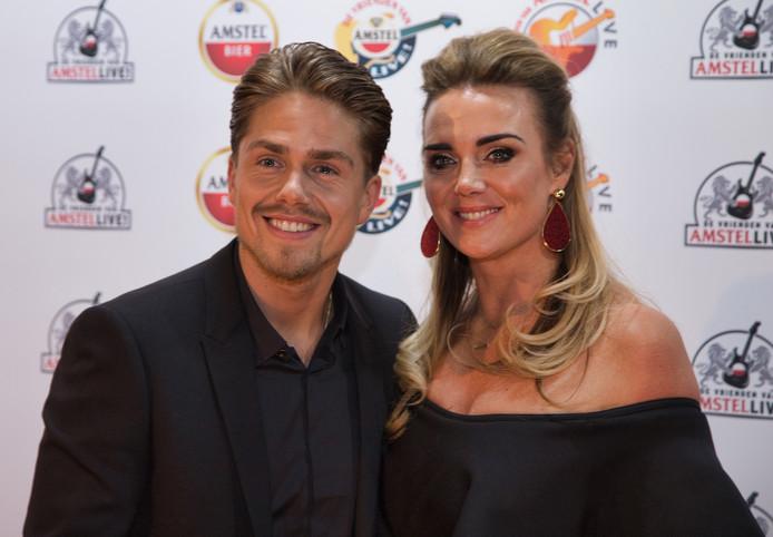 Andre Hazes met Monique op rode loper Vrienden va Amstel Live