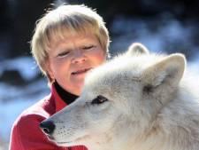 Wie is er bang voor de boze wolf? Wolvenexpert Elli in elk geval niet