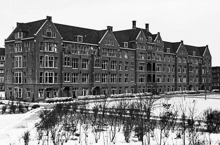 Het gebouw van het Bronovo ziekenhuis aan de Bronovolaan.  Beeld ANP