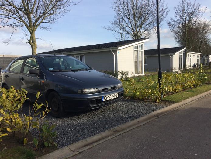 In vele huisjes op recreatiepark Het Esmeer in Aalst verblijven arbeidsmigranten. De gemeente Zaltbommel wil hier tegen optreden.