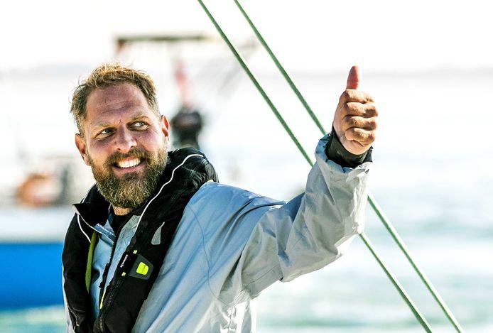 Mark Slats bij zijn thuiskomst ruim een jaar geleden in Scheveningen.