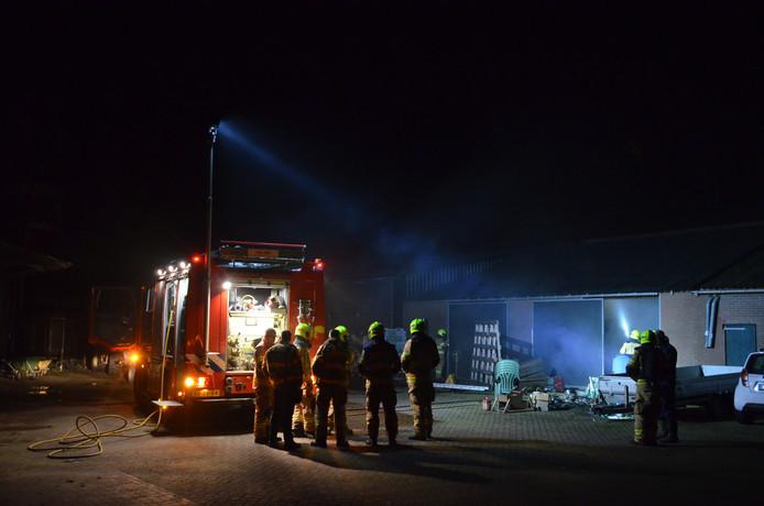 Door snel handelen van de brandweer kon het vuur zich niet verder verspreiden.