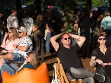 Hippie-kleding en hottubs: relaxen op festival Mañana Mañana
