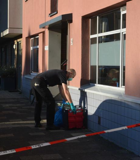 Arrestatie na vondst van dode man in woning aan Gaslaan in Den Haag