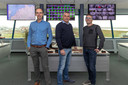 Eigenaren Piet Warbout(links) en John Warbout (midden) van Ecotank met finance controller Jaco Moelker (rechts).