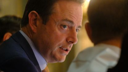 Bart De Wever blijft bij zijn standpunt over Ninove