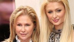 Machtige mama's in de jetset: Kathy Hilton krijgt sekslessen cadeau van haar eigen moeder