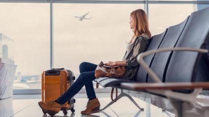 """Let op als je op vakantie gaat: """"Lucht in vliegtuigen is zéér ongezond"""""""