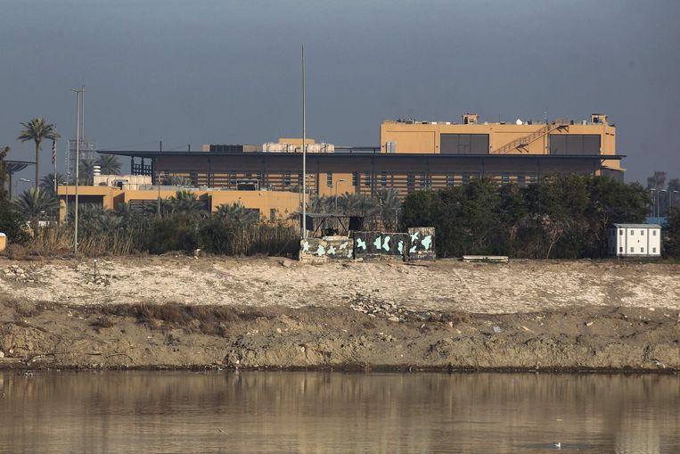 De Amerikaanse ambassade aan de oevers van de Tigris in Bagdad.