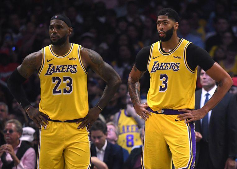 LeBron James en Anthony Davis blijven meteen ontgoocheld achter.