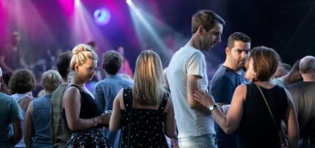 De Walhalla Zomerfeesten in Deurne voelen als een reünie